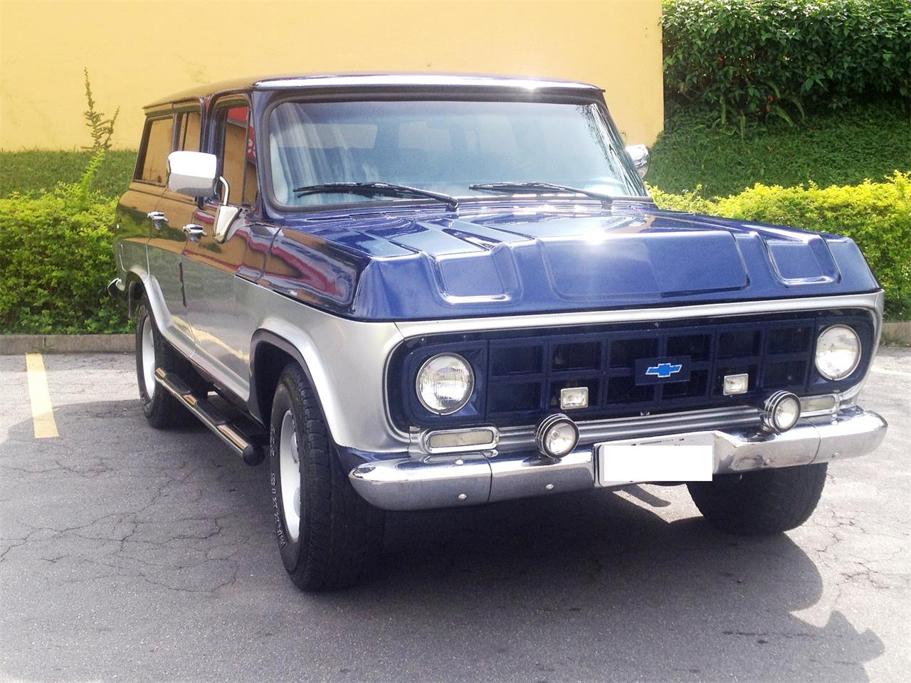 Large Picture of '85 Chevrolet SUV Offered by a Private Seller - KMSF