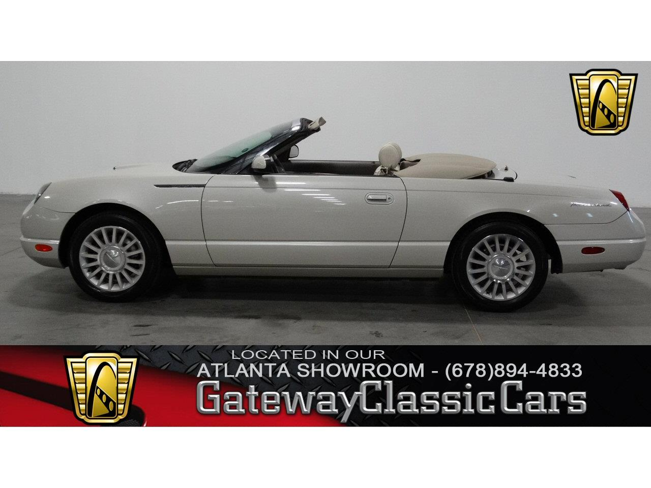 Large Picture of 2005 Ford Thunderbird located in Alpharetta Georgia - KMSO