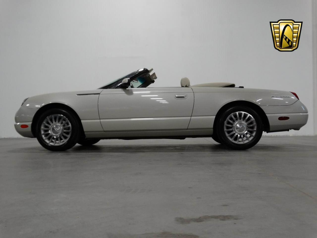 Large Picture of '05 Thunderbird located in Alpharetta Georgia - KMSO