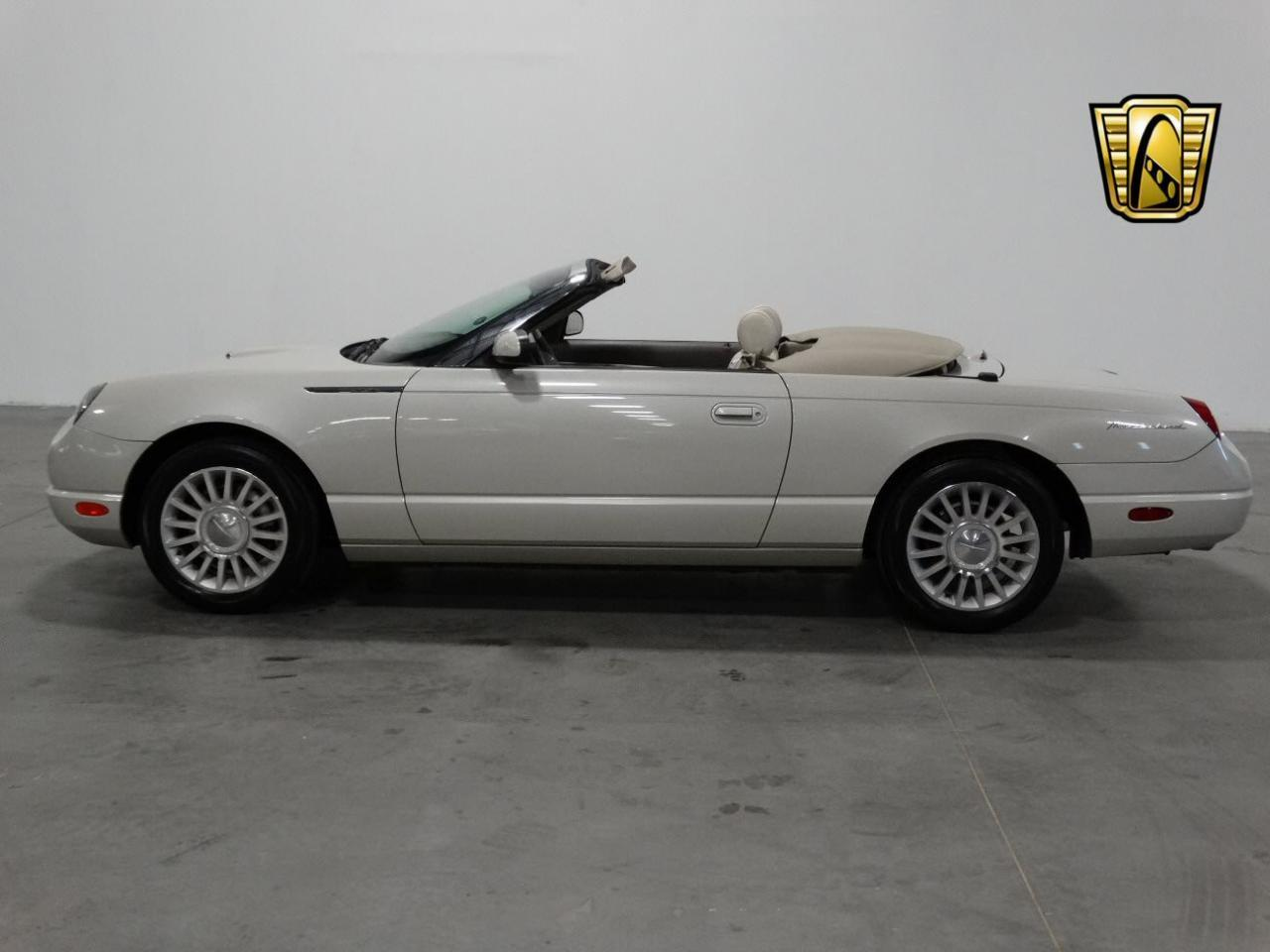 Large Picture of 2005 Ford Thunderbird - $32,995.00 - KMSO