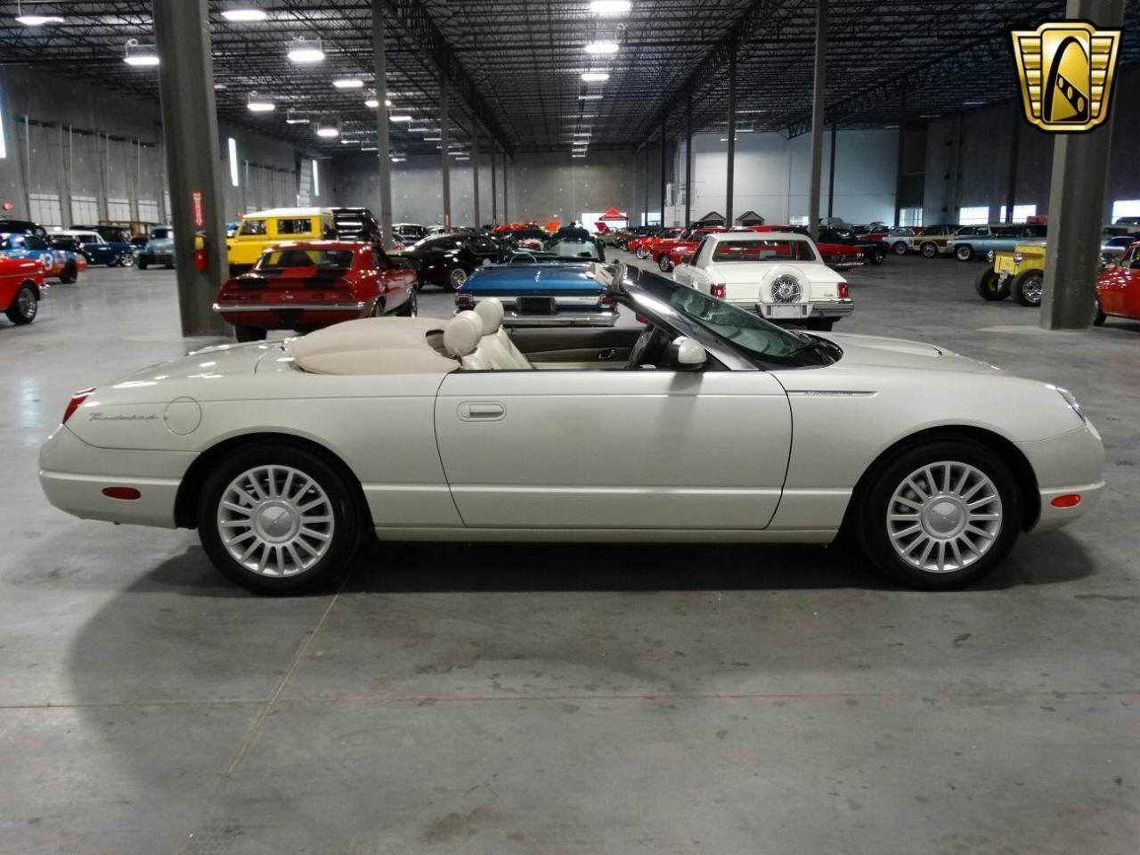 Large Picture of 2005 Thunderbird located in Georgia - KMSO