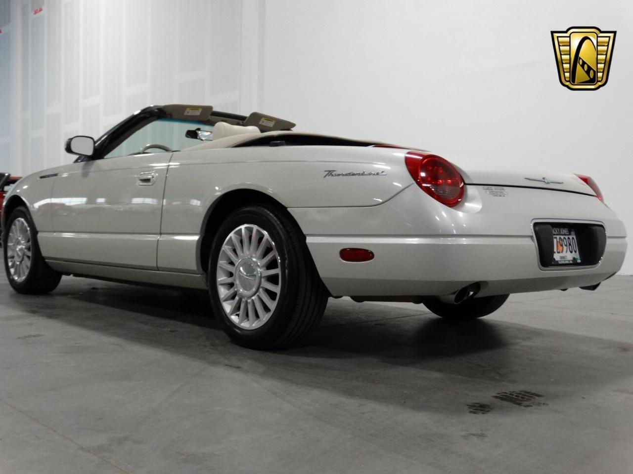 Large Picture of 2005 Ford Thunderbird - KMSO