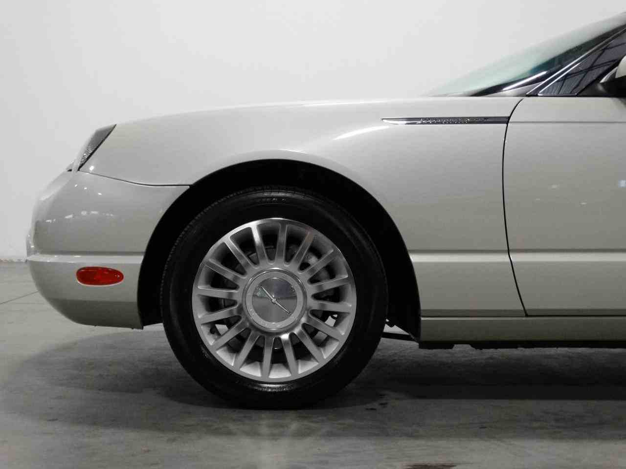 Large Picture of '05 Thunderbird - KMSO