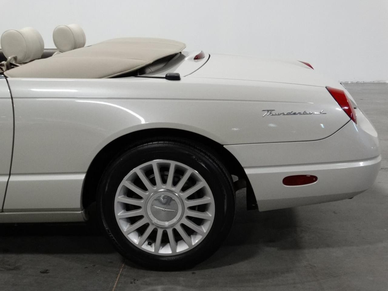 Large Picture of '05 Thunderbird located in Alpharetta Georgia - $32,995.00 Offered by Gateway Classic Cars - Atlanta - KMSO