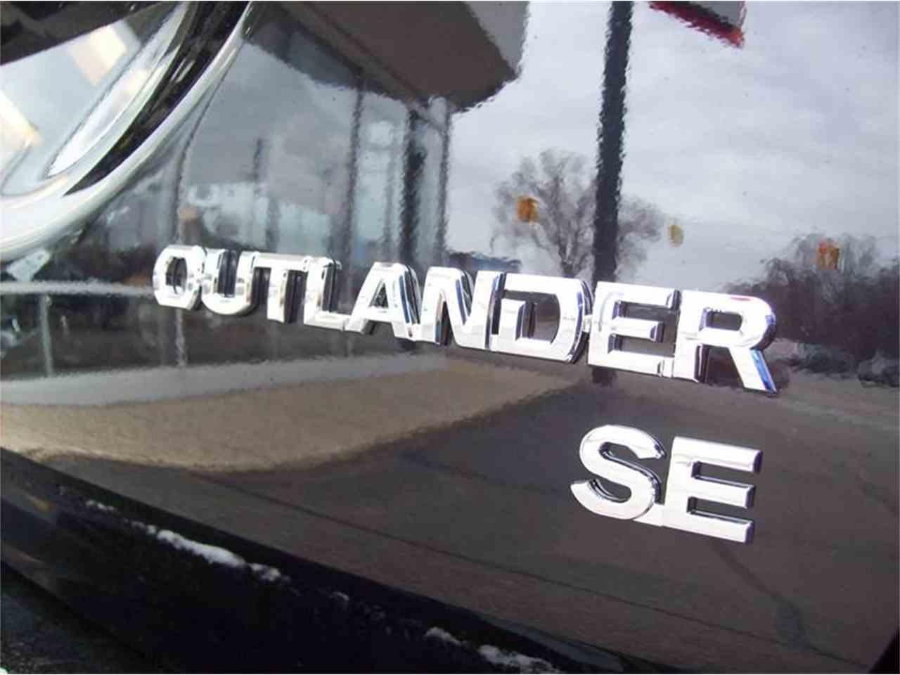 Large Picture of '17 Outlander - KMVZ