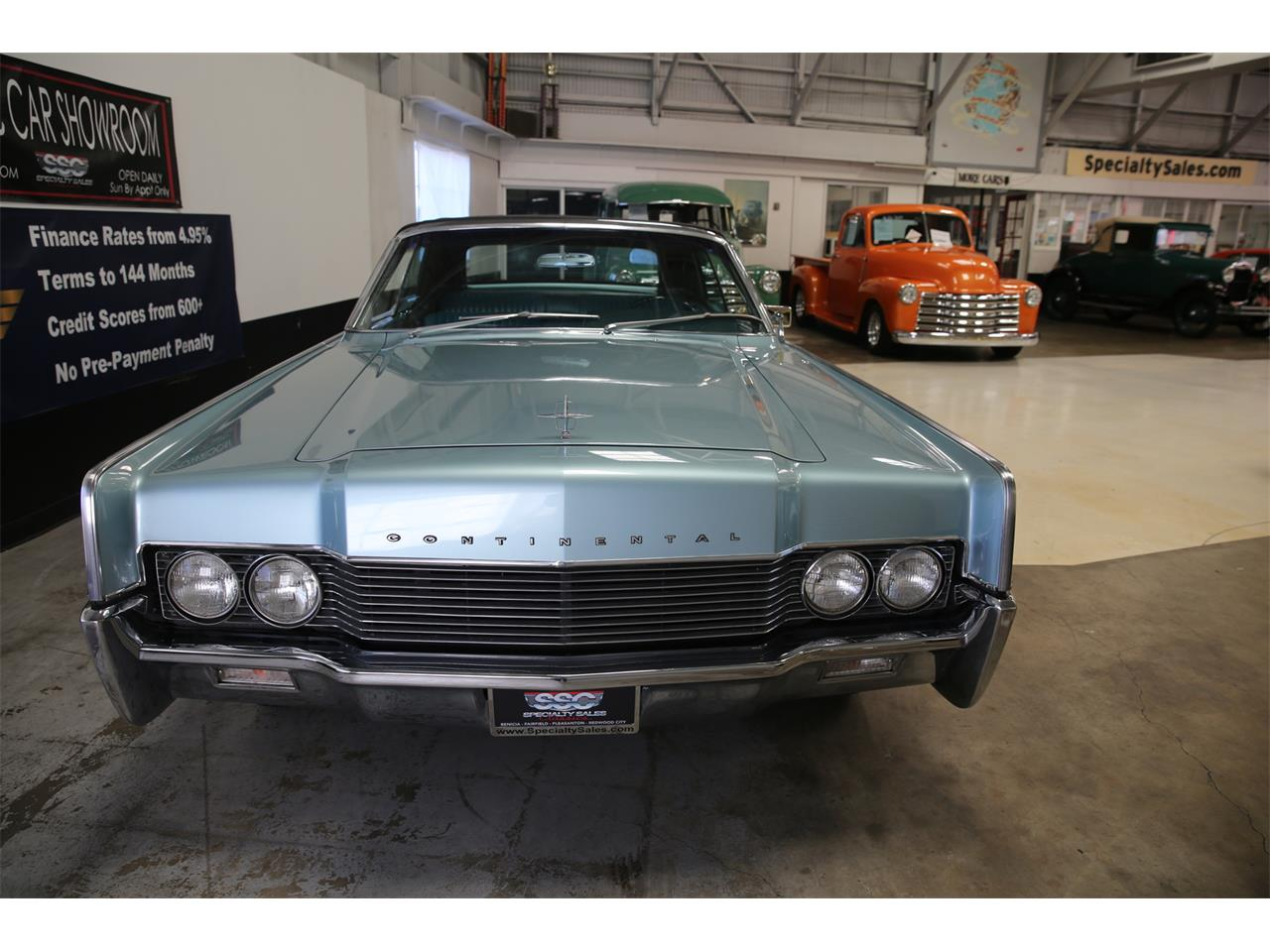 Large Picture of '66 Continental - KN1G