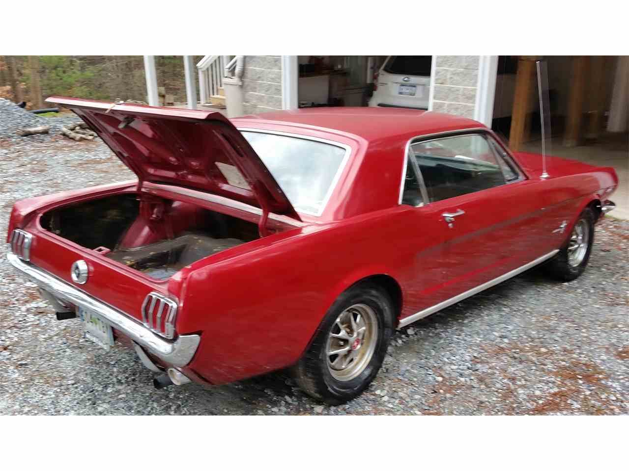 Large Picture of '64 Mustang - KNCG