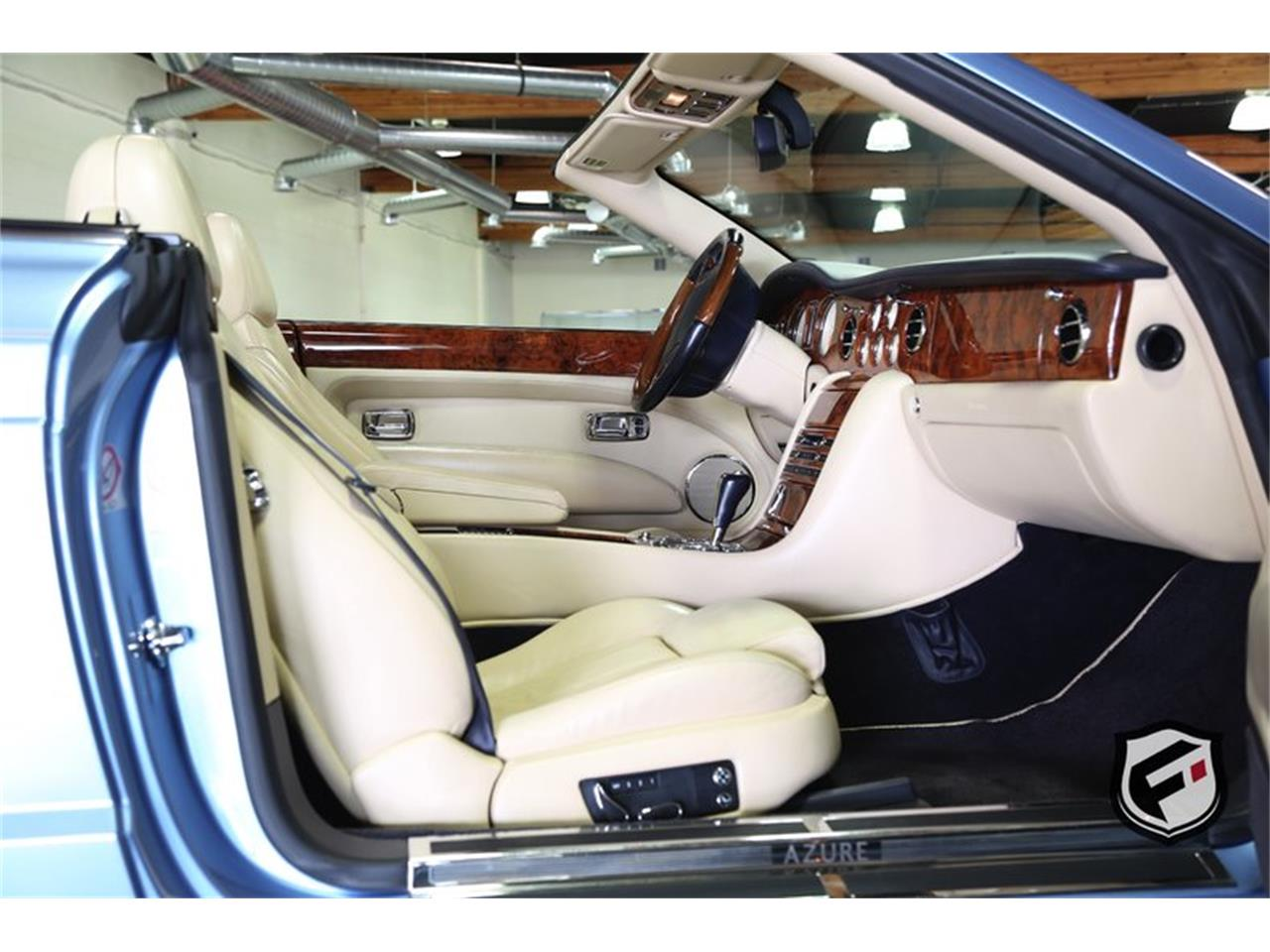 Large Picture of '08 Bentley Azure located in Chatsworth California - KNL2