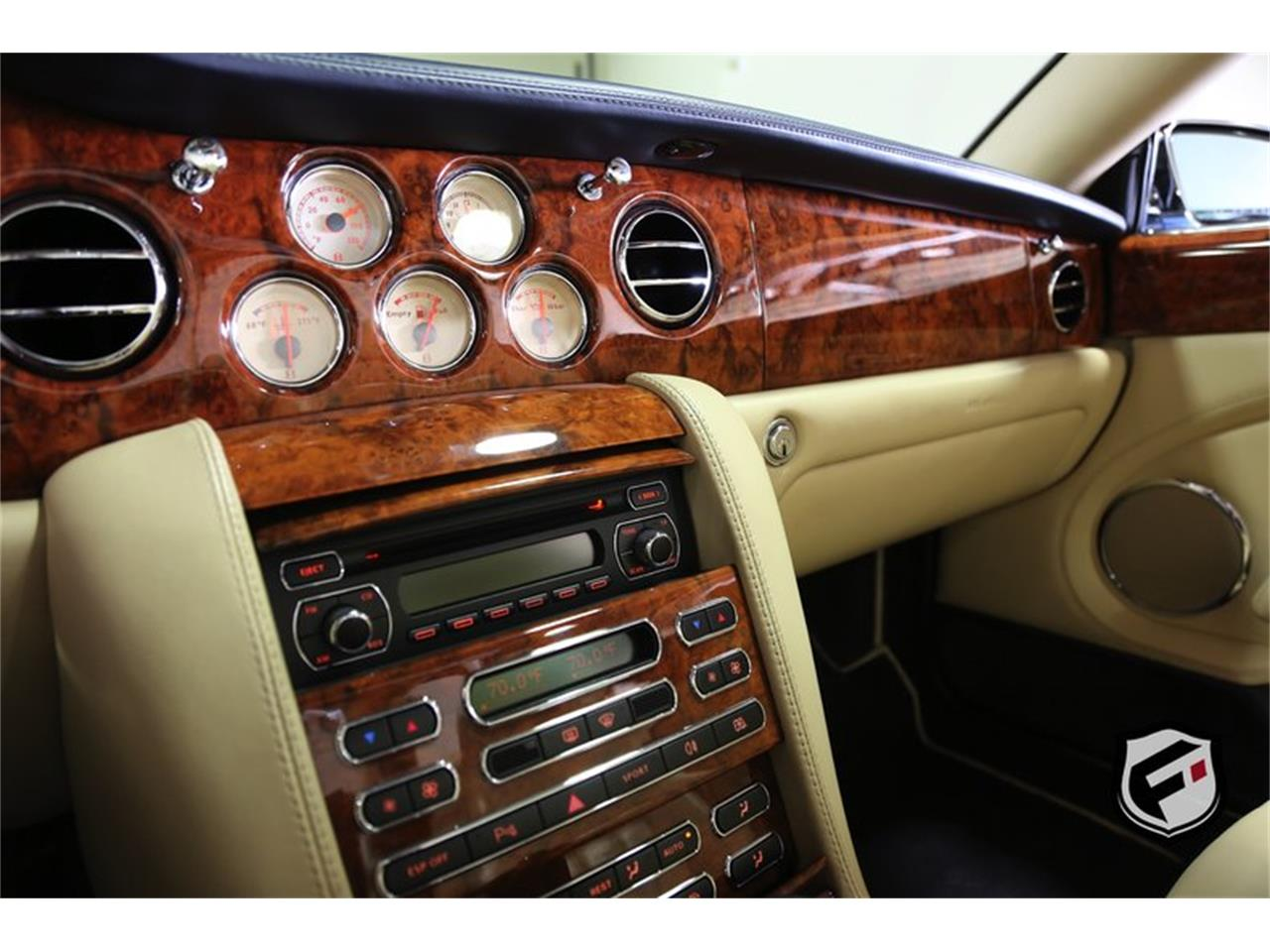Large Picture of '08 Bentley Azure located in California - $82,900.00 - KNL2
