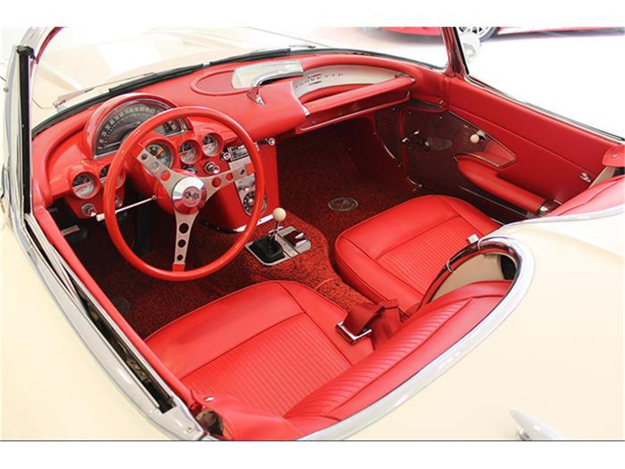 Large Picture of '61 Corvette - KNXP