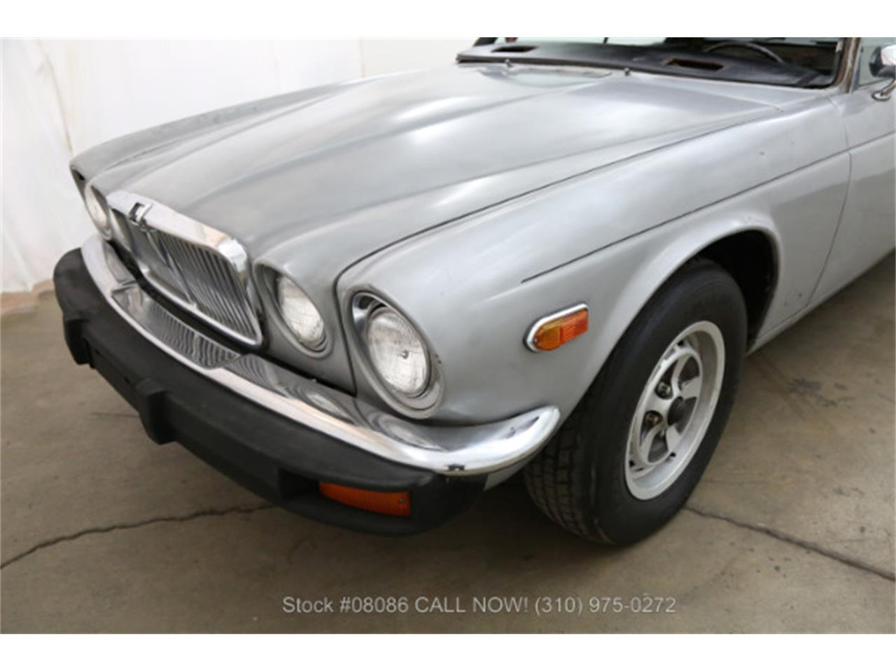 Large Picture of '77 XJ6 - KO6I