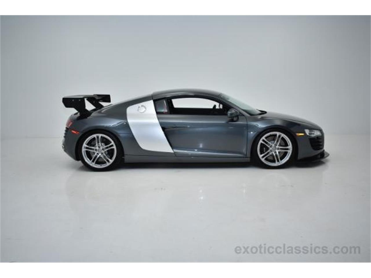 Large Picture of '09 Audi R8 located in New York - $84,888.00 - KO6N