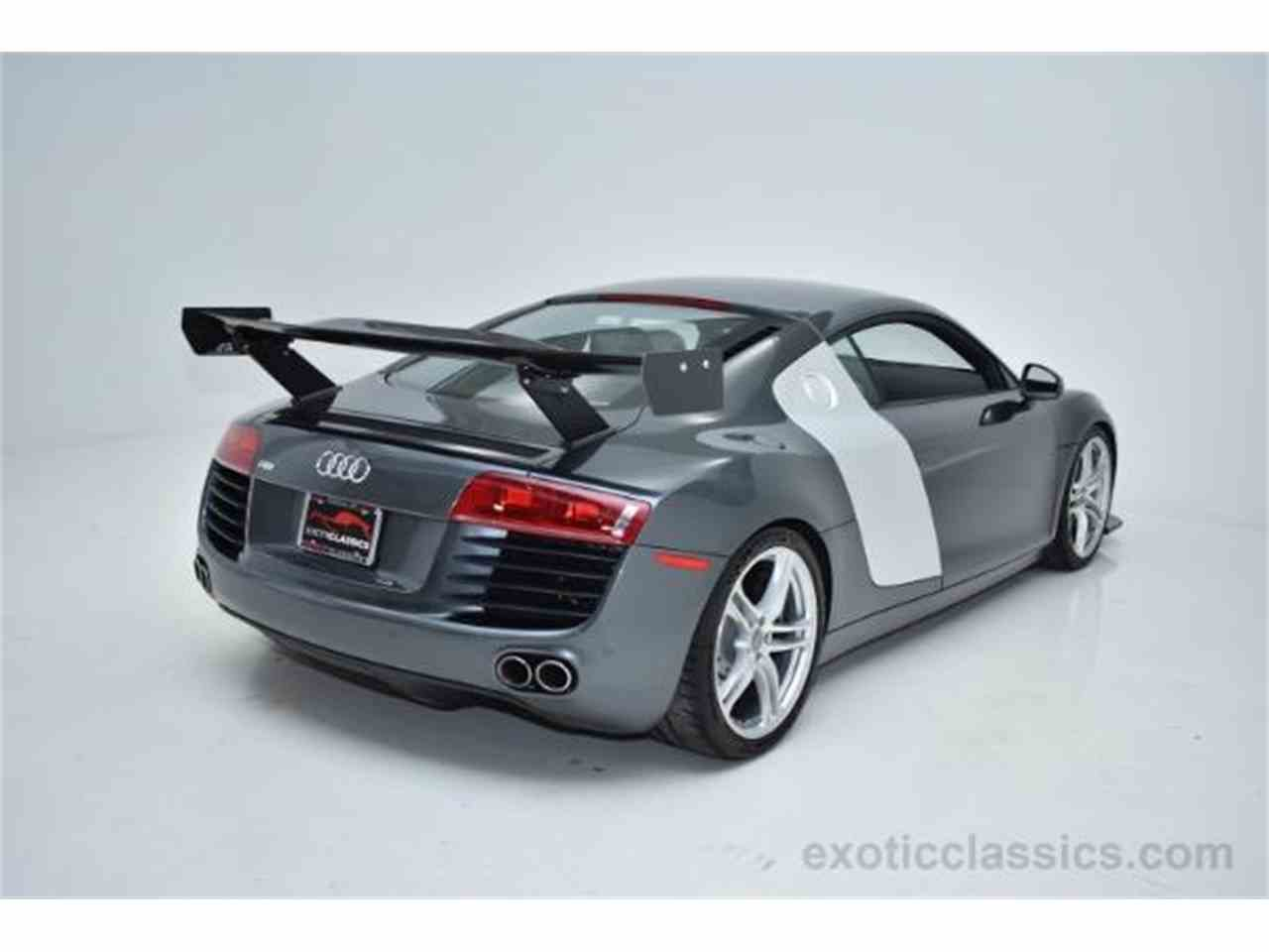 Large Picture of '09 R8 located in New York Offered by Champion Motors - KO6N