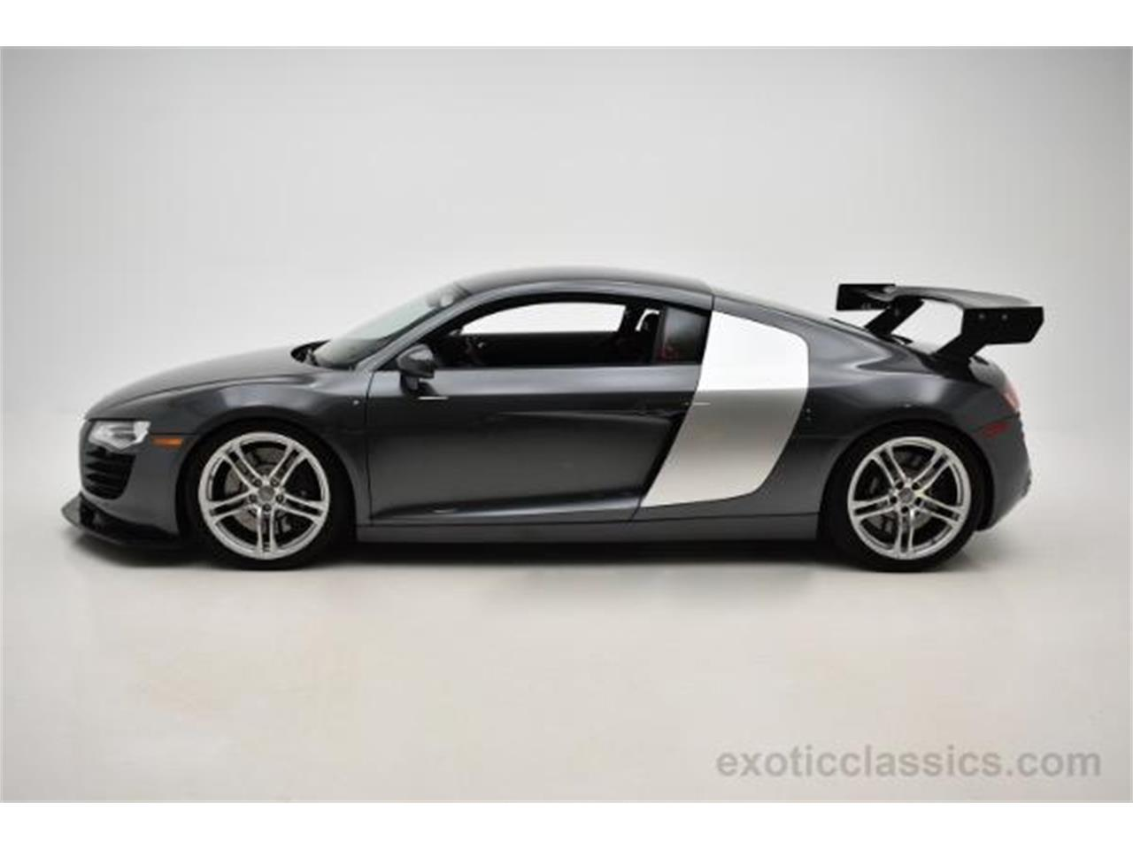 Large Picture of 2009 R8 located in New York - KO6N
