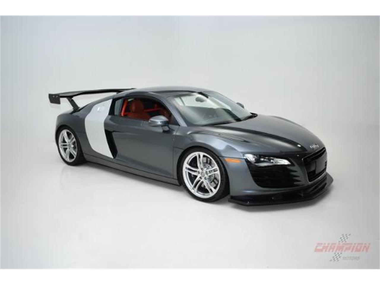 Large Picture of '09 R8 located in Syosset New York - $84,888.00 - KO6N