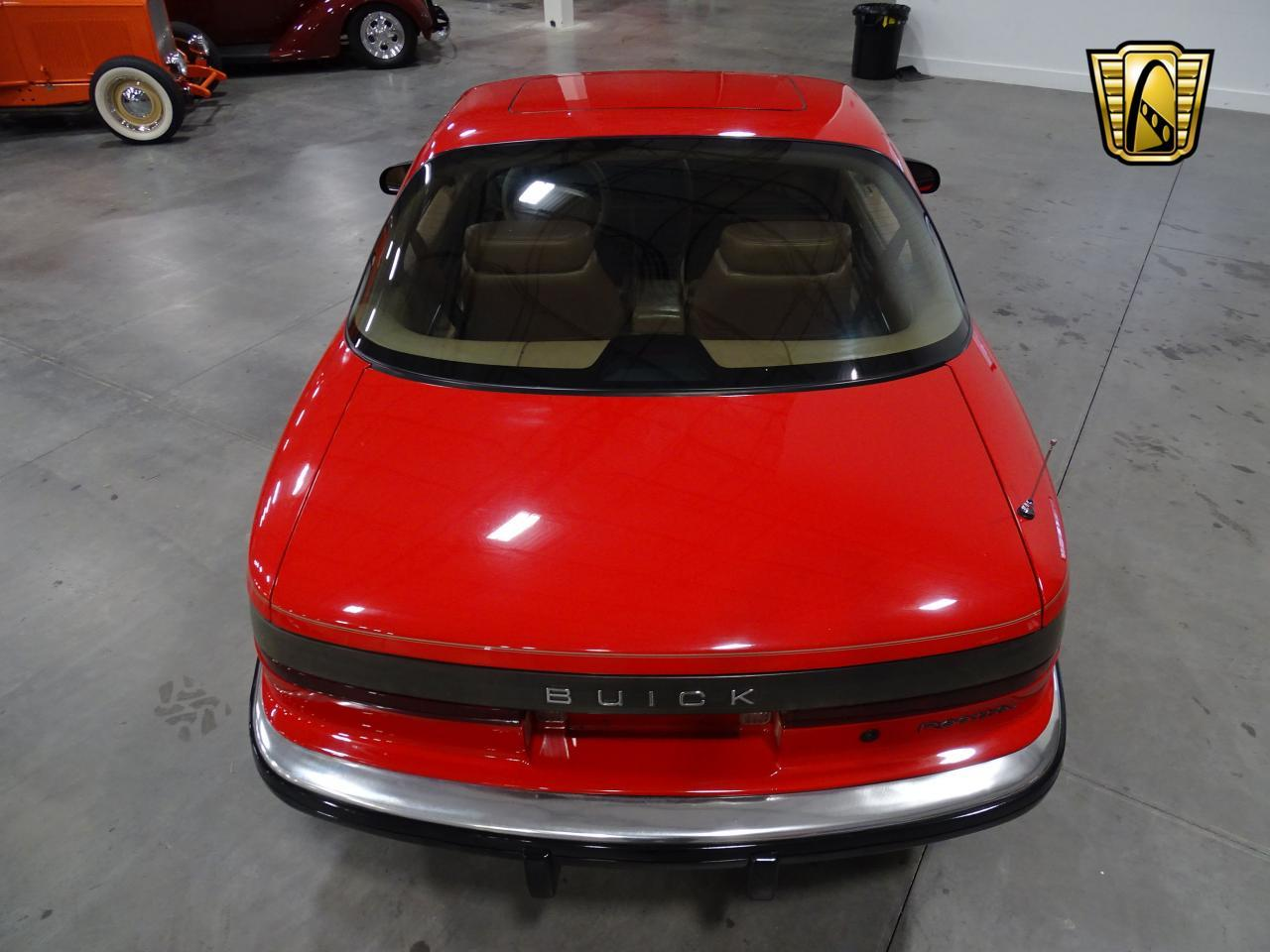 Large Picture of 1990 Buick Reatta located in DFW Airport Texas Offered by Gateway Classic Cars - Dallas - KOB1