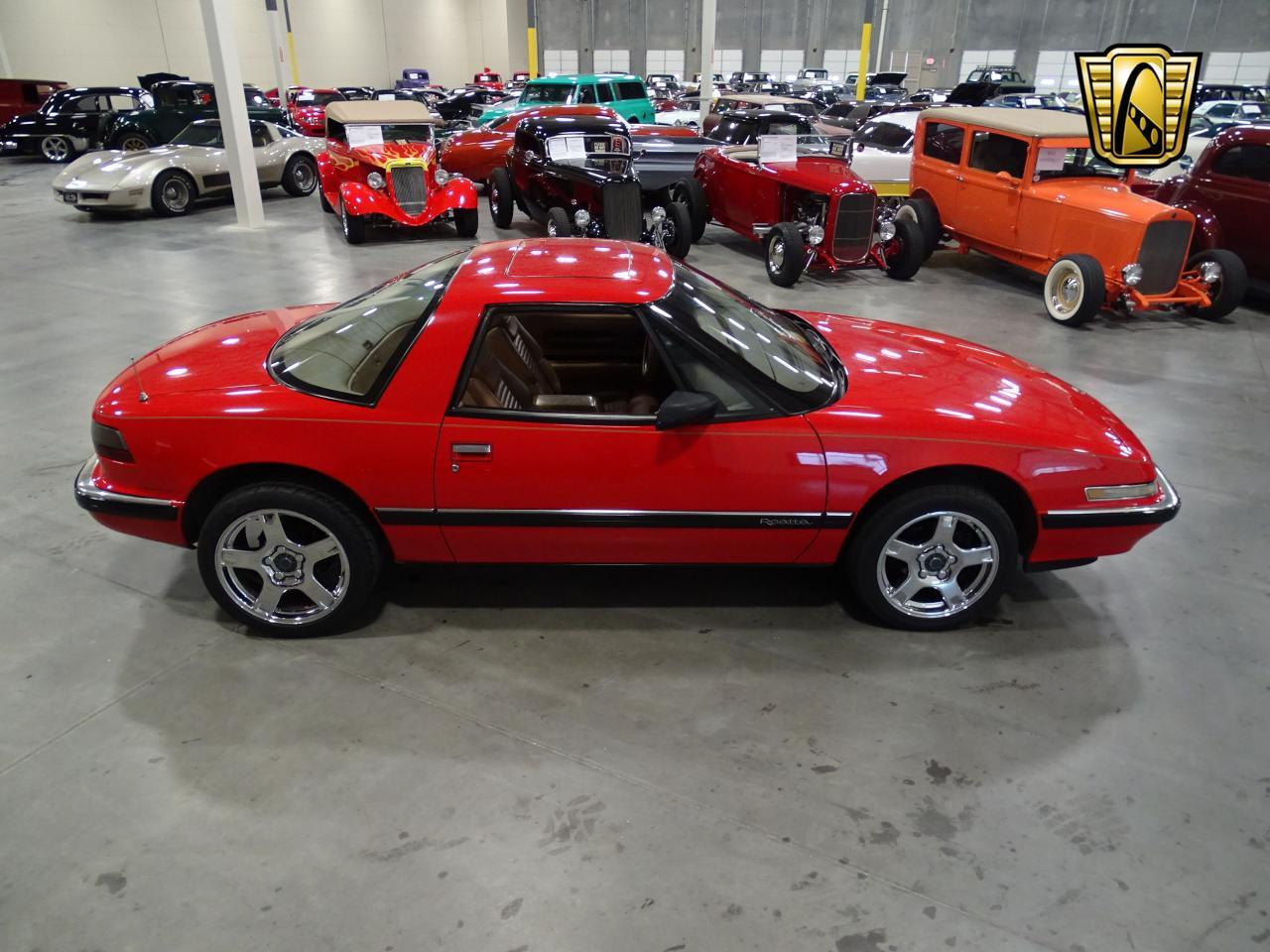 Large Picture of '90 Buick Reatta - $8,995.00 Offered by Gateway Classic Cars - Dallas - KOB1