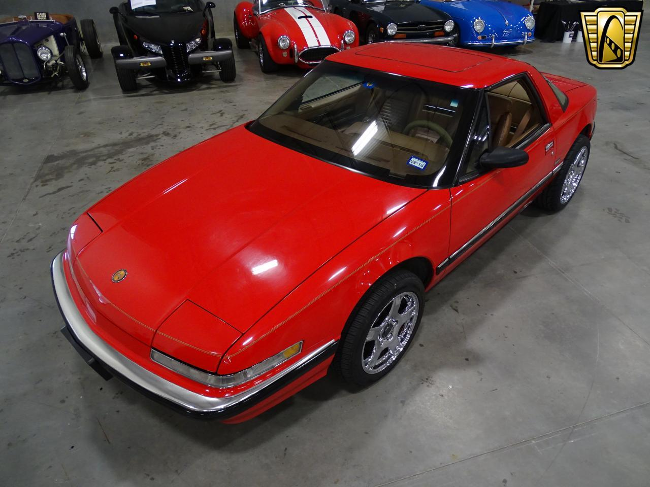 Large Picture of 1990 Buick Reatta Offered by Gateway Classic Cars - Dallas - KOB1