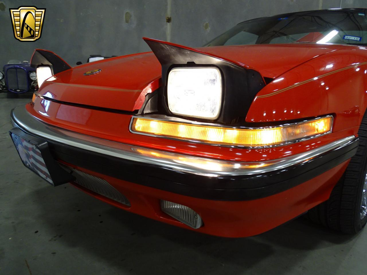 Large Picture of '90 Reatta Offered by Gateway Classic Cars - Dallas - KOB1