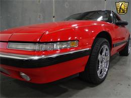 Picture of '90 Buick Reatta located in DFW Airport Texas Offered by Gateway Classic Cars - Dallas - KOB1