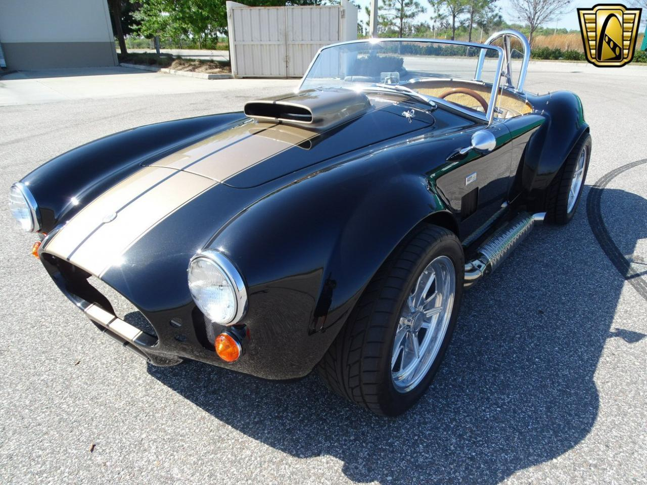 Large Picture of Classic '66 Cobra - KOOE