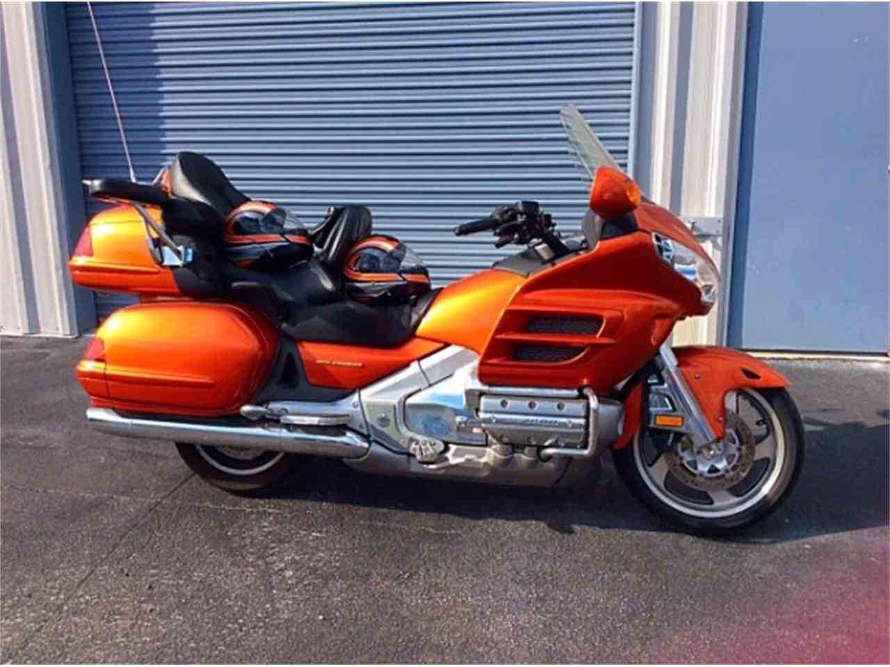 Large Picture of '02 Gold Wing GL1800 - KPF9