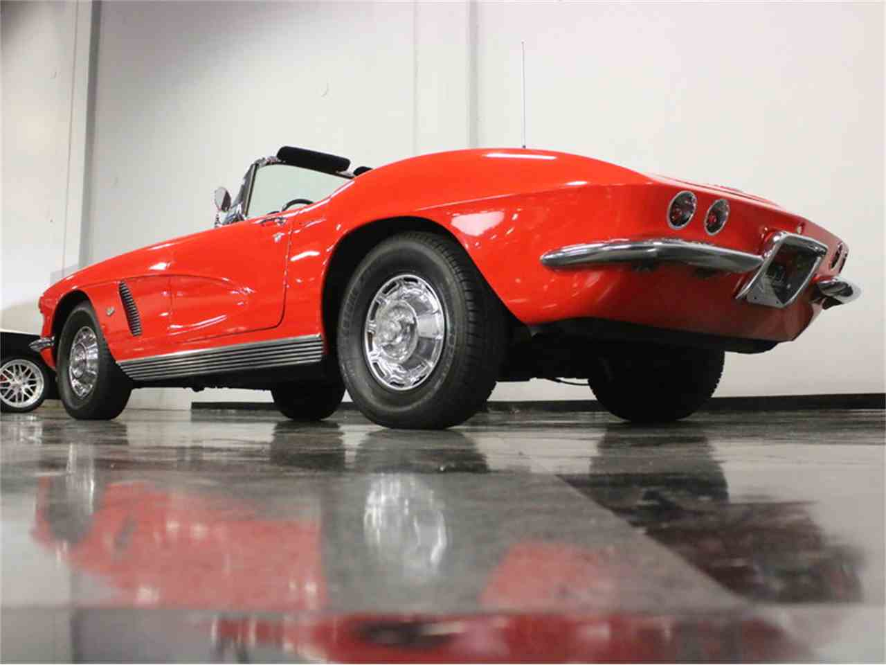 Large Picture of '62 Corvette - KPIH