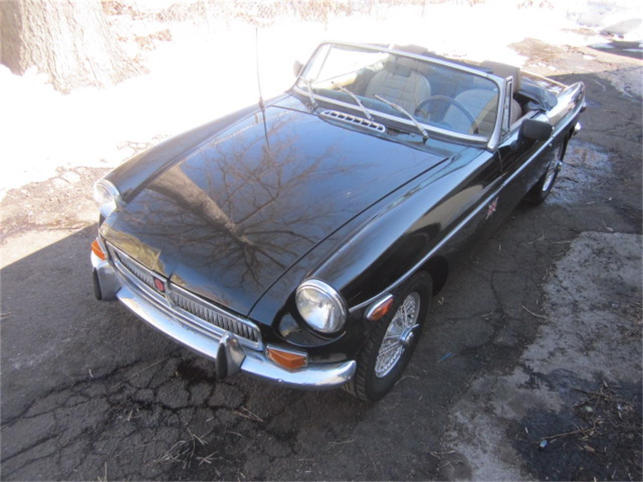 Large Picture of 1972 MG MGB - KPJY
