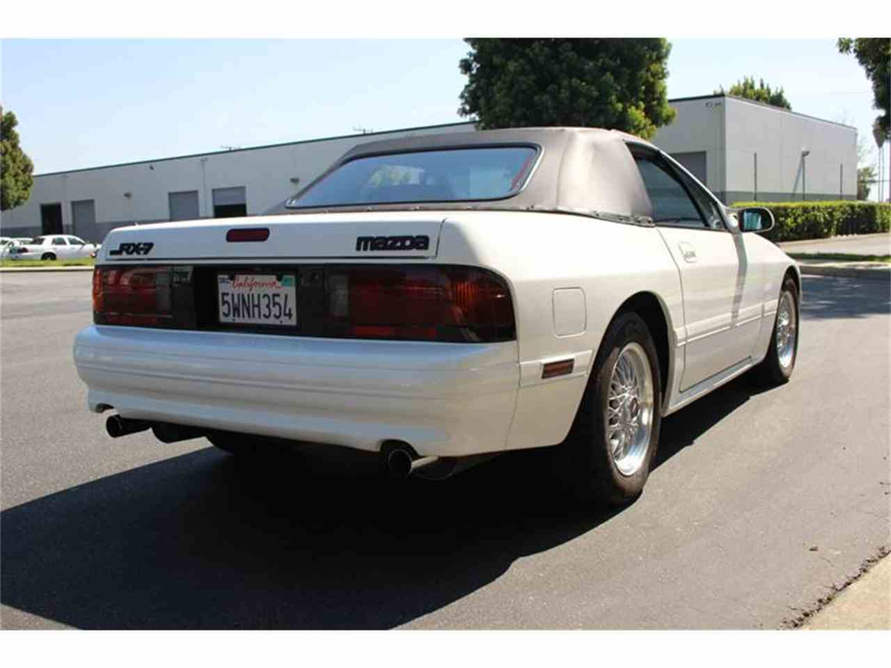 Large Picture of 1990 Mazda RX-7 located in California - KPUW