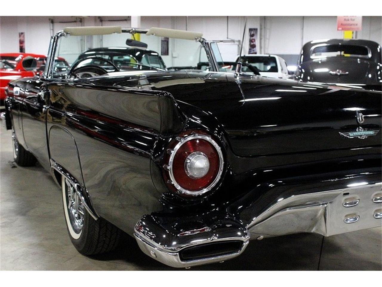 Large Picture of '57 Ford Thunderbird located in Kentwood Michigan - KPV7