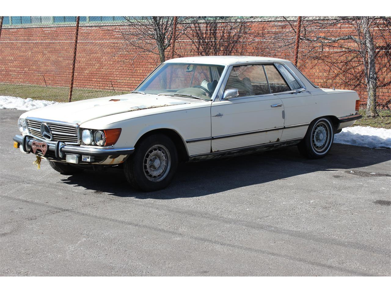 Large Picture of '73 Mercedes-Benz 350 SLC located in Cleveland Ohio Offered by MB Vintage Cars Inc - KPWG