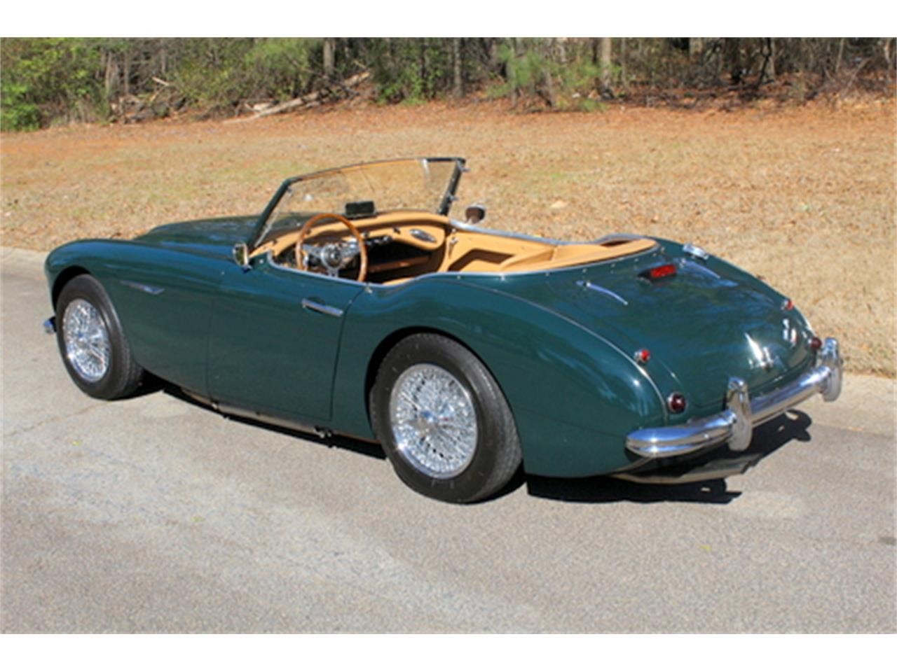 Large Picture of Classic 1961 Austin-Healey 3000 Mk I BT7 located in Roswell Georgia Offered by Fraser Dante - KPWR