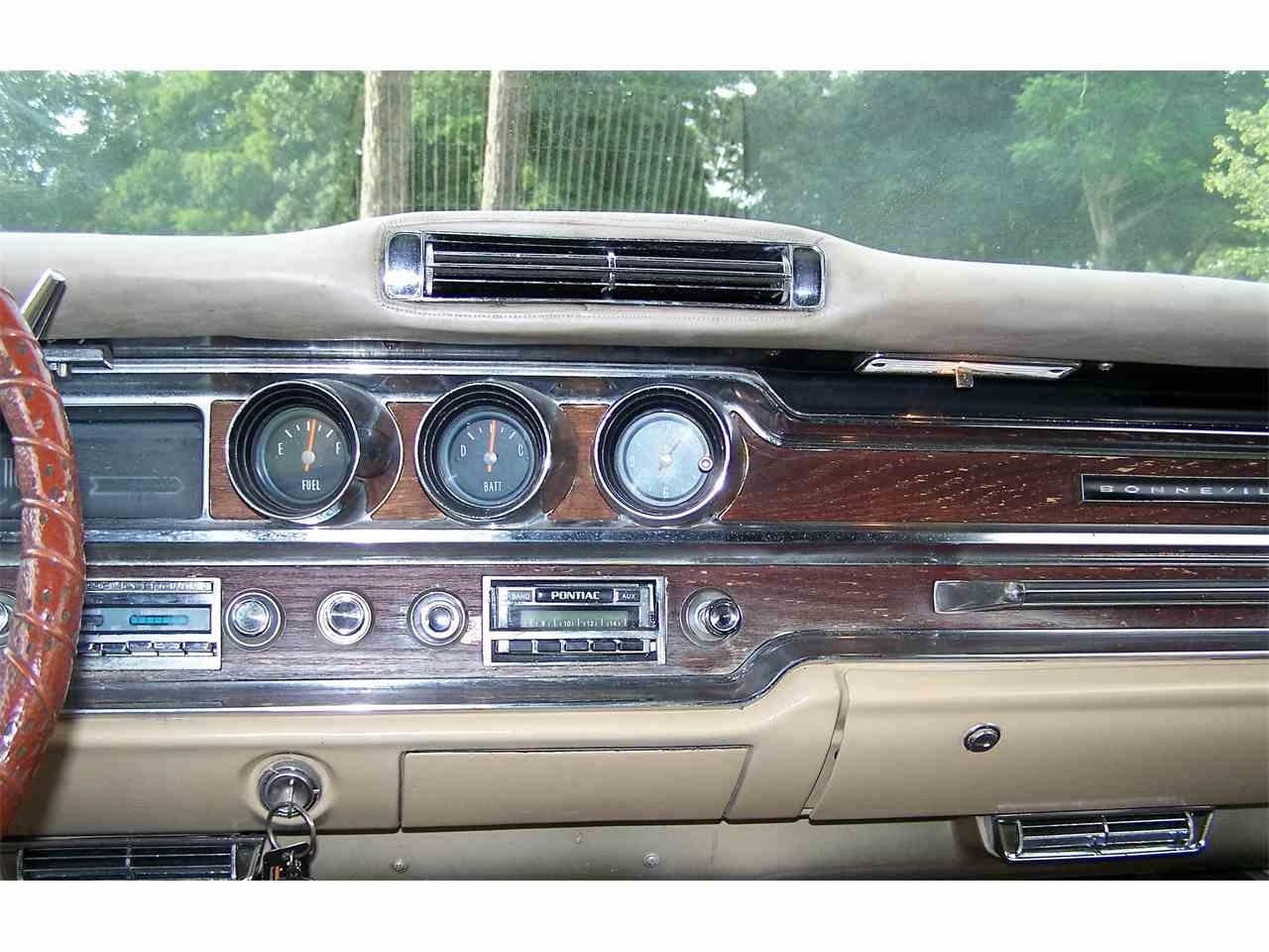 Large Picture of '65 Bonneville - KQ5U