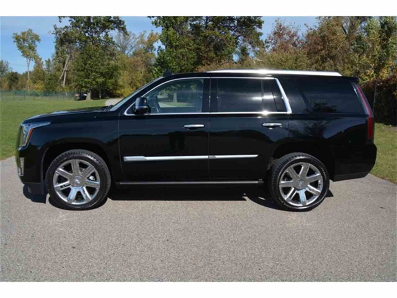 Large Picture of 2016 Cadillac Escalade - $64,995.00 Offered by Rev Up Motors - KQ6S
