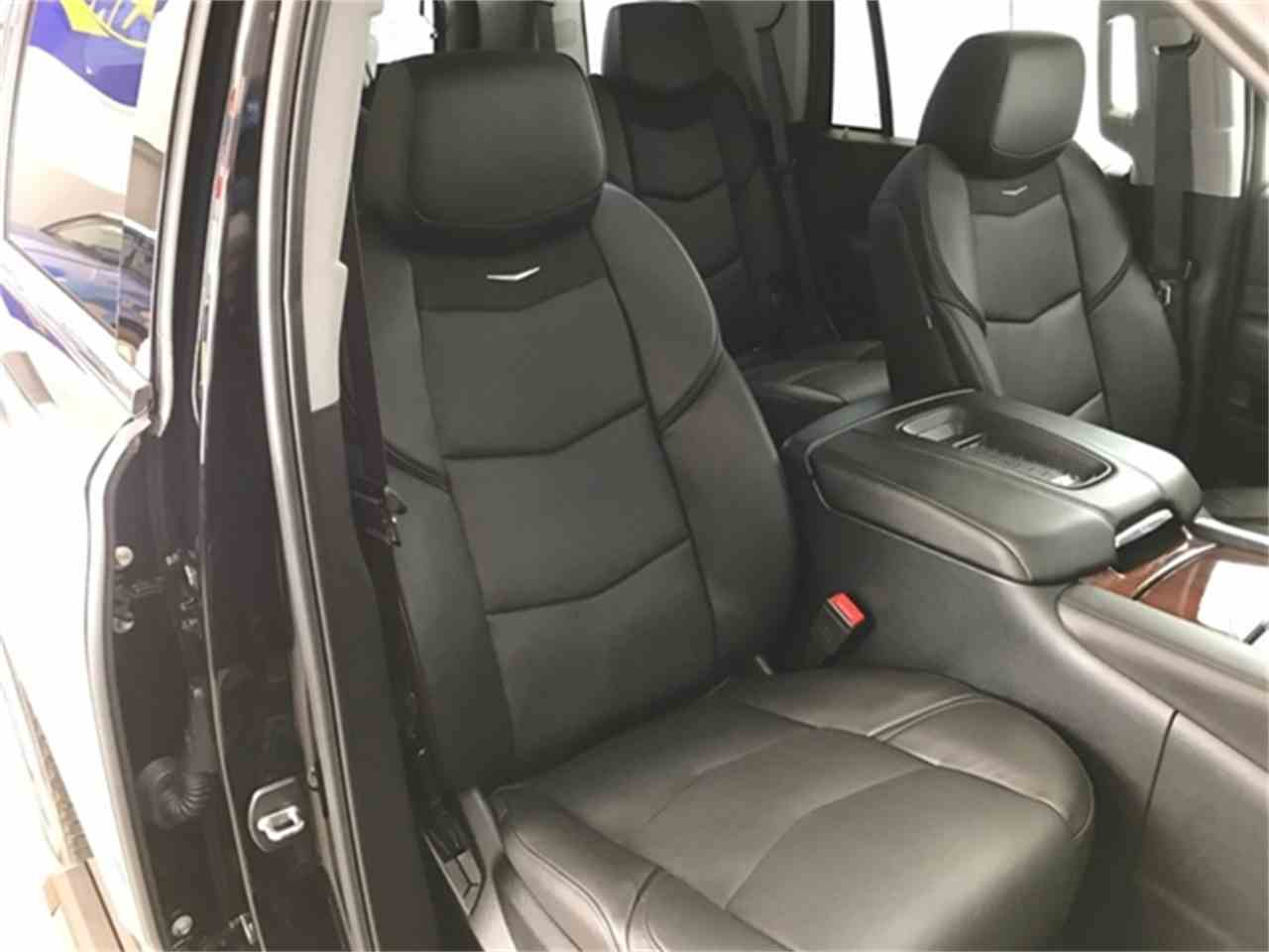 Large Picture of '16 Escalade Offered by Rev Up Motors - KQ6S