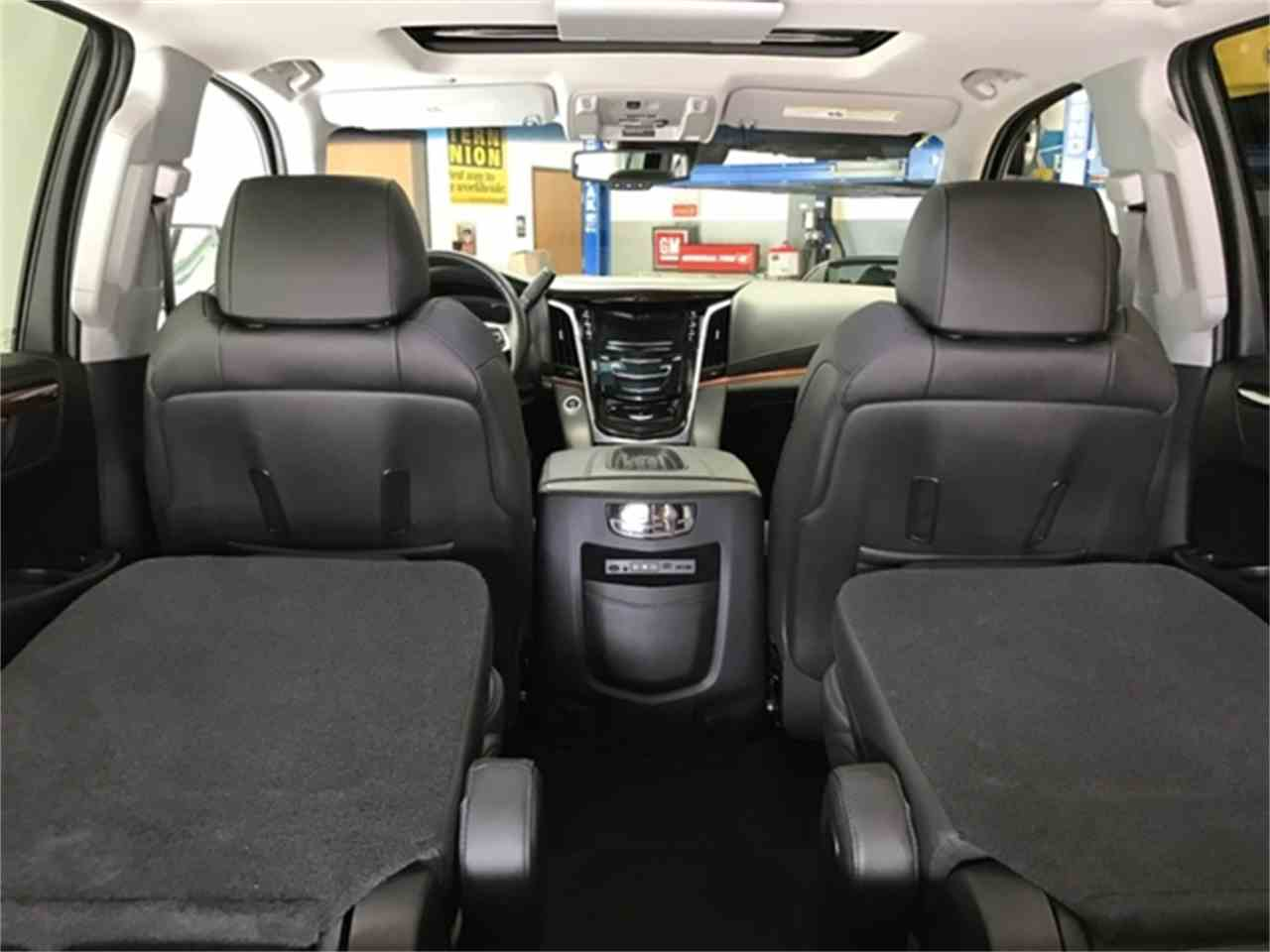 Large Picture of '16 Escalade located in Michigan - $64,995.00 - KQ6S