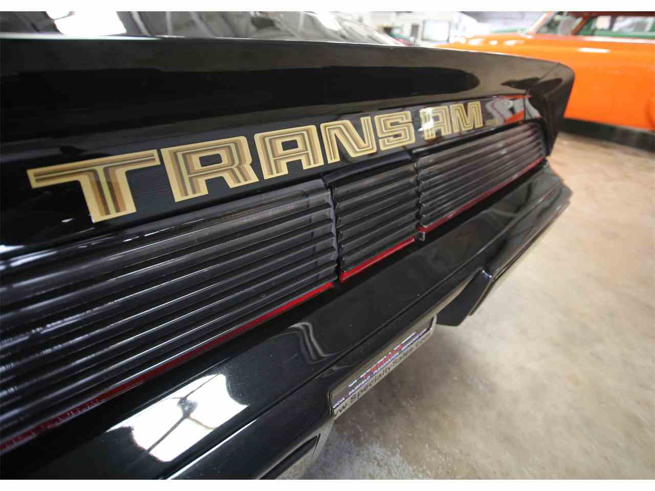 Large Picture of '79 Pontiac Firebird located in California - KQ8J