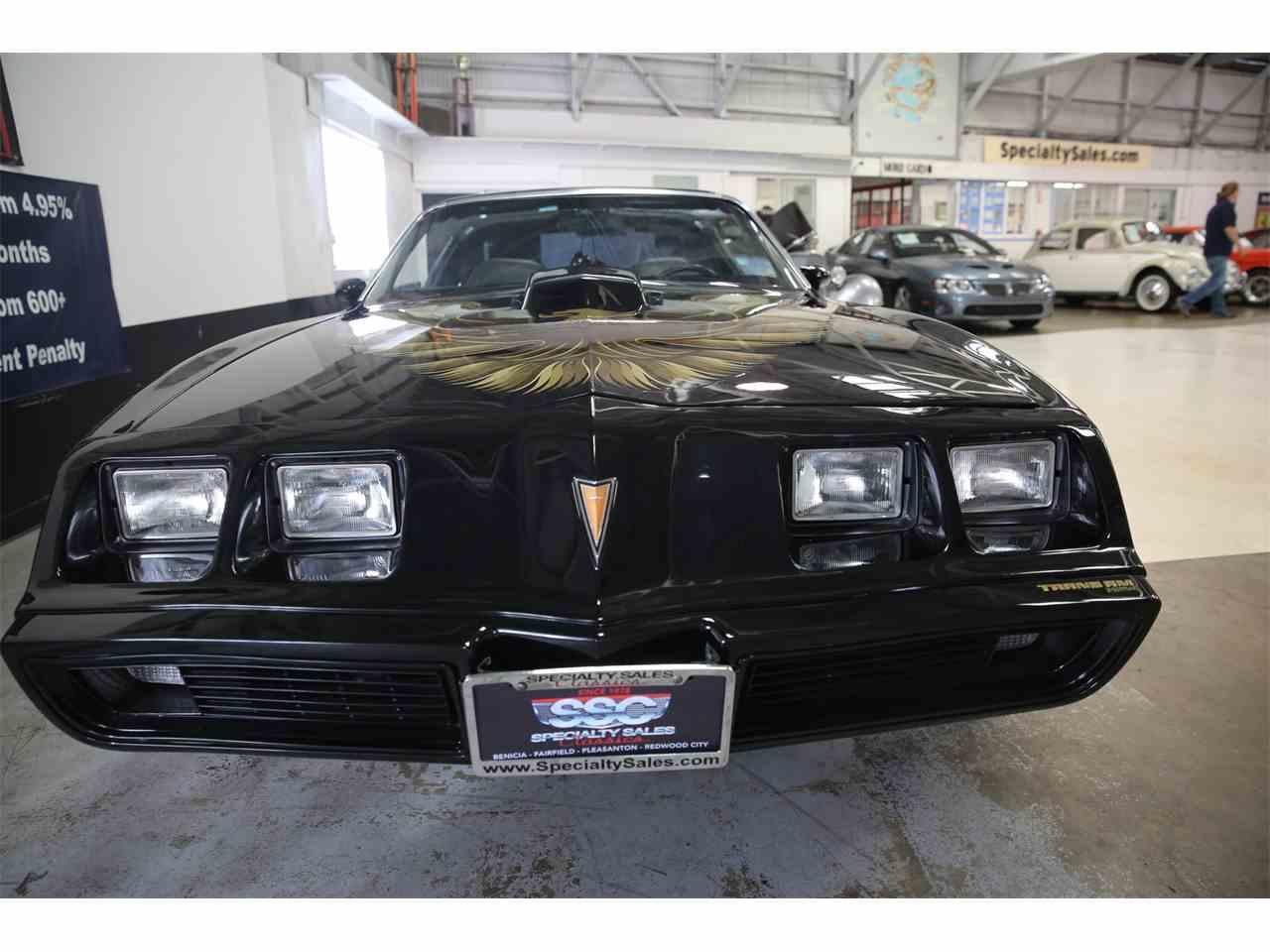 Large Picture of 1979 Pontiac Firebird located in California - KQ8J