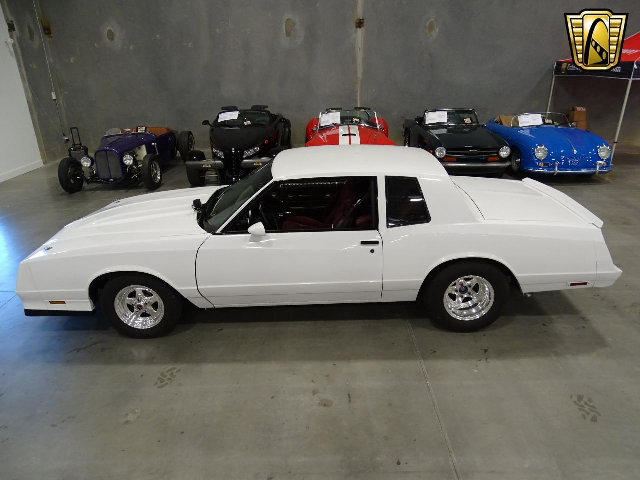 Large Picture of 1982 Monte Carlo located in Texas Offered by Gateway Classic Cars - Dallas - KQ9A