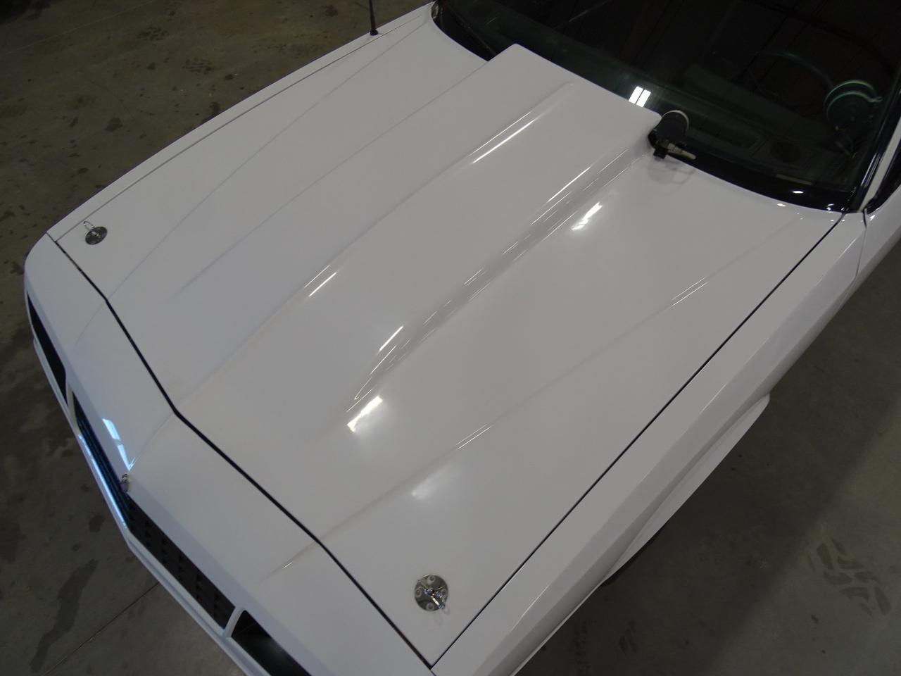 Large Picture of 1982 Monte Carlo located in Texas - $15,995.00 Offered by Gateway Classic Cars - Dallas - KQ9A