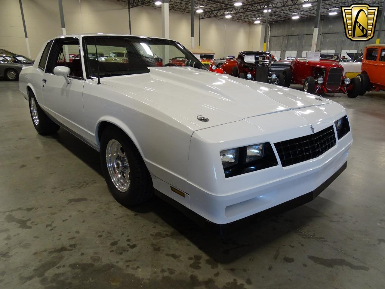 Large Picture of 1982 Monte Carlo located in Texas - KQ9A