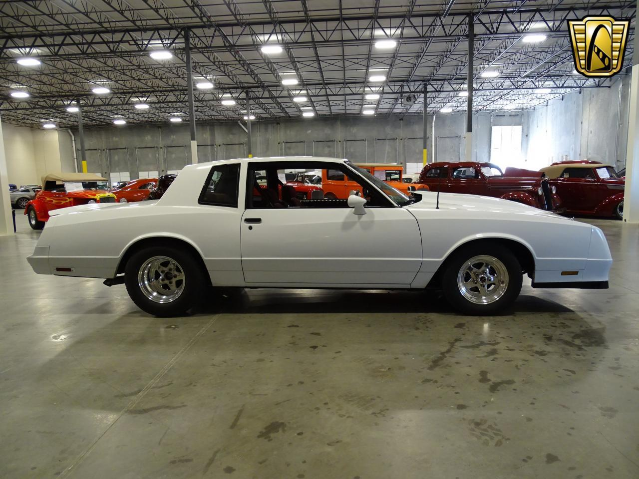 Large Picture of '82 Monte Carlo located in Texas Offered by Gateway Classic Cars - Dallas - KQ9A