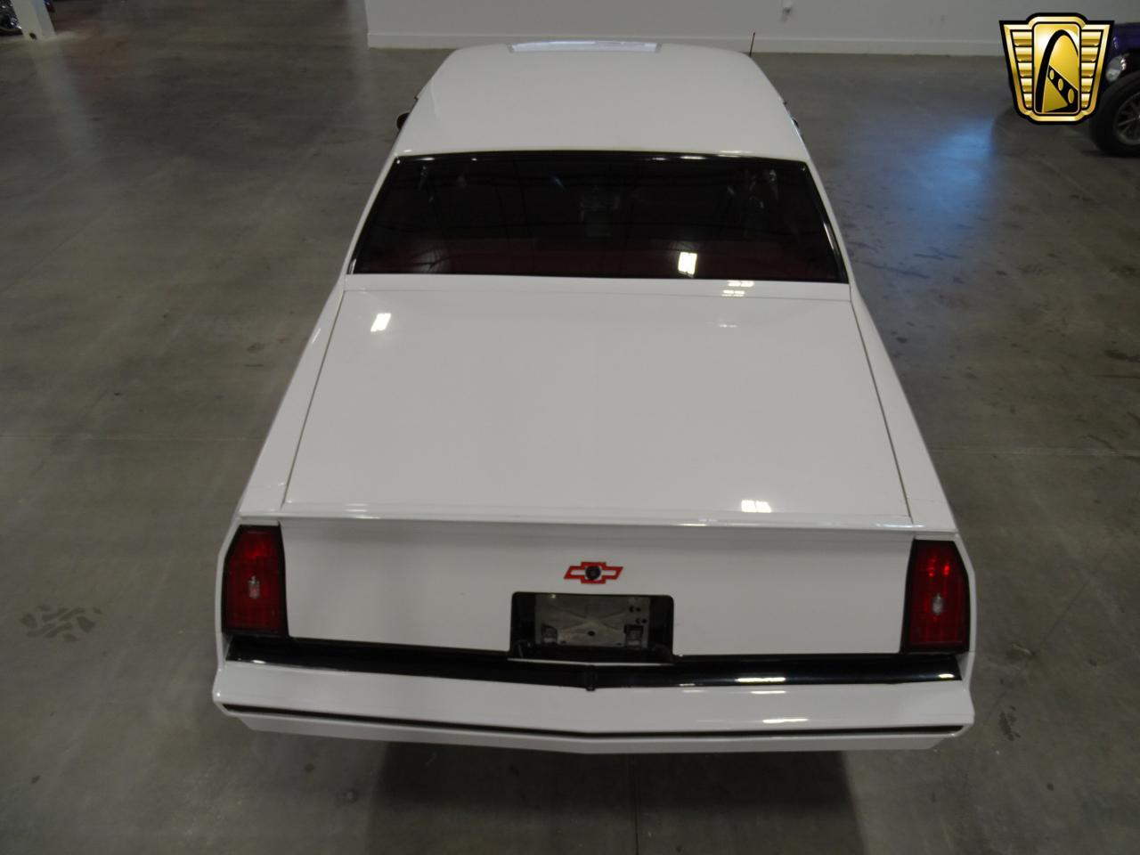 Large Picture of '82 Monte Carlo - $15,995.00 - KQ9A