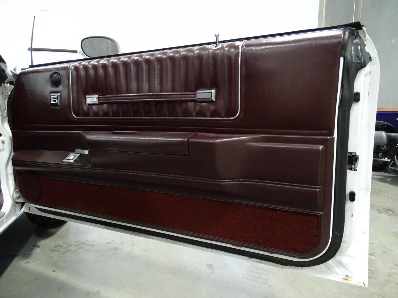 Large Picture of 1982 Chevrolet Monte Carlo - $15,995.00 Offered by Gateway Classic Cars - Dallas - KQ9A