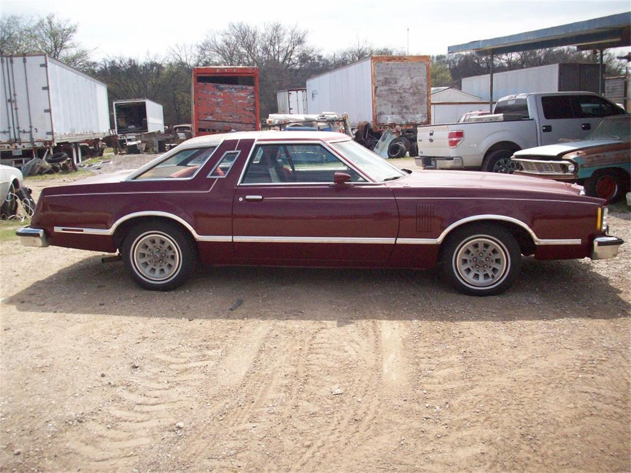 Large Picture of '79 Thunderbird located in Denton Texas - KQD9