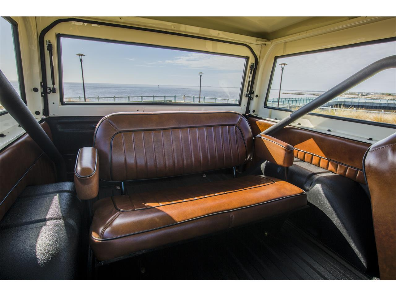 Large Picture of '76 Bronco - KQDF
