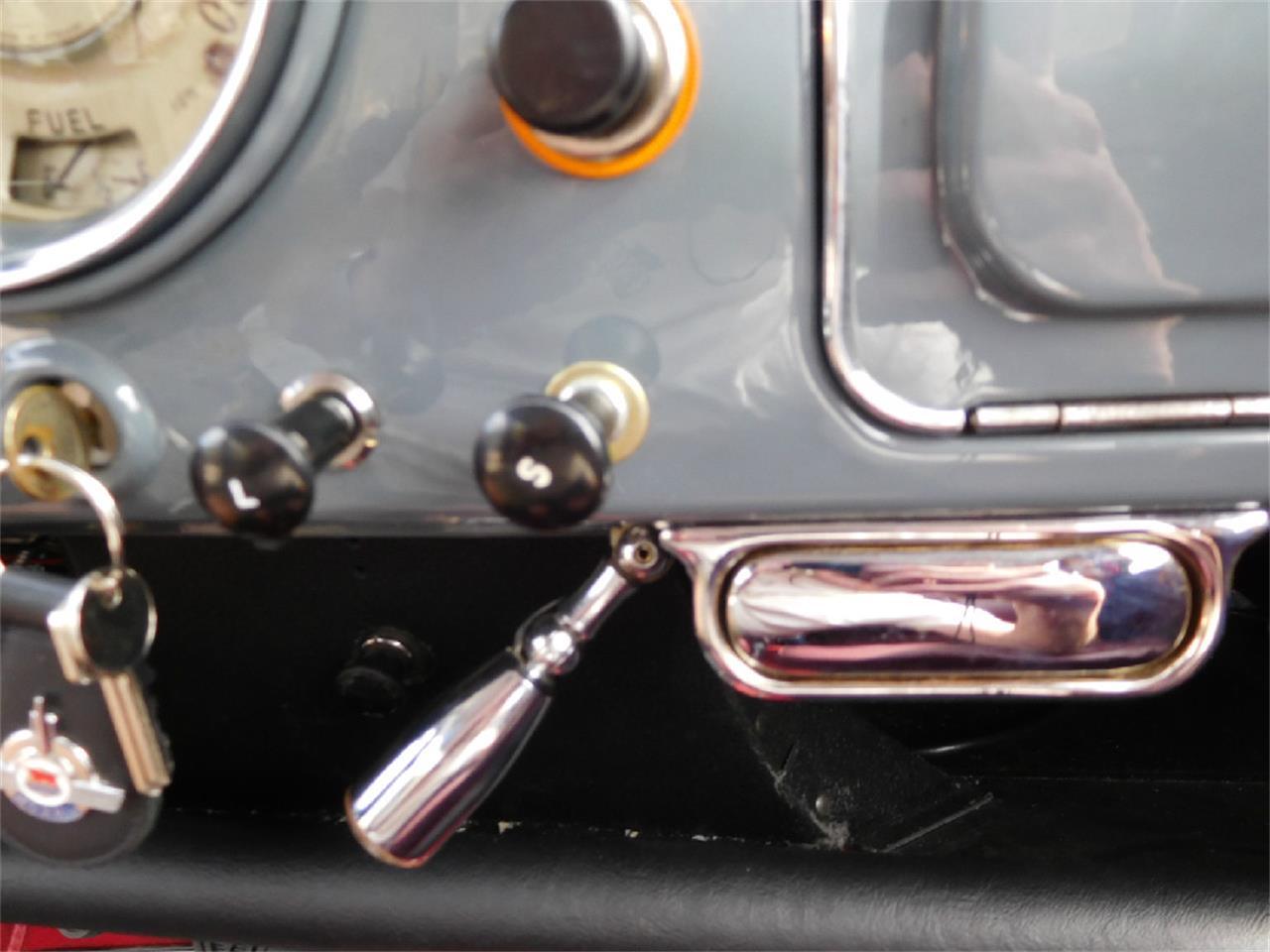 Large Picture of '59 Minor 1000 2Dr Traveler - KQDN
