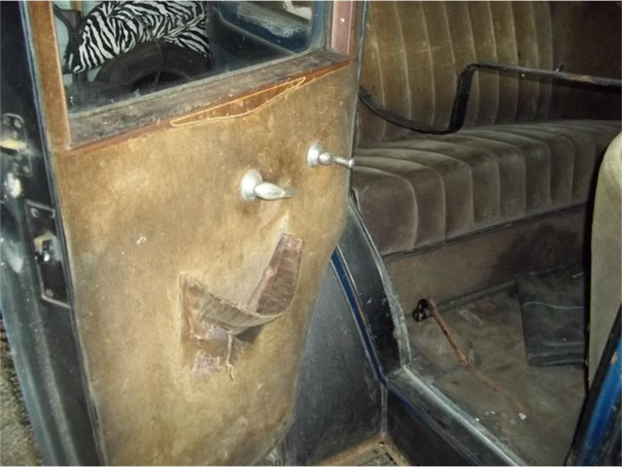 Large Picture of '29 4 DOOR - KQEQ