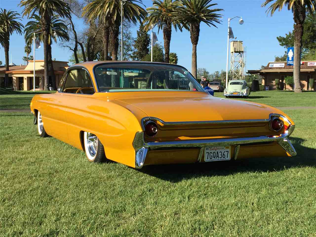Large Picture of Classic '61 Oldsmobile Super 88 - $46,900.00 - KQLR