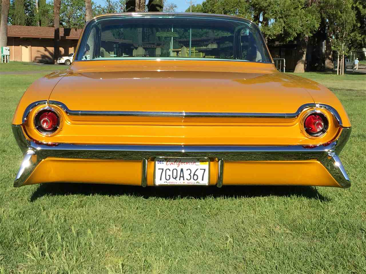Large Picture of Classic '61 Super 88 located in California - KQLR